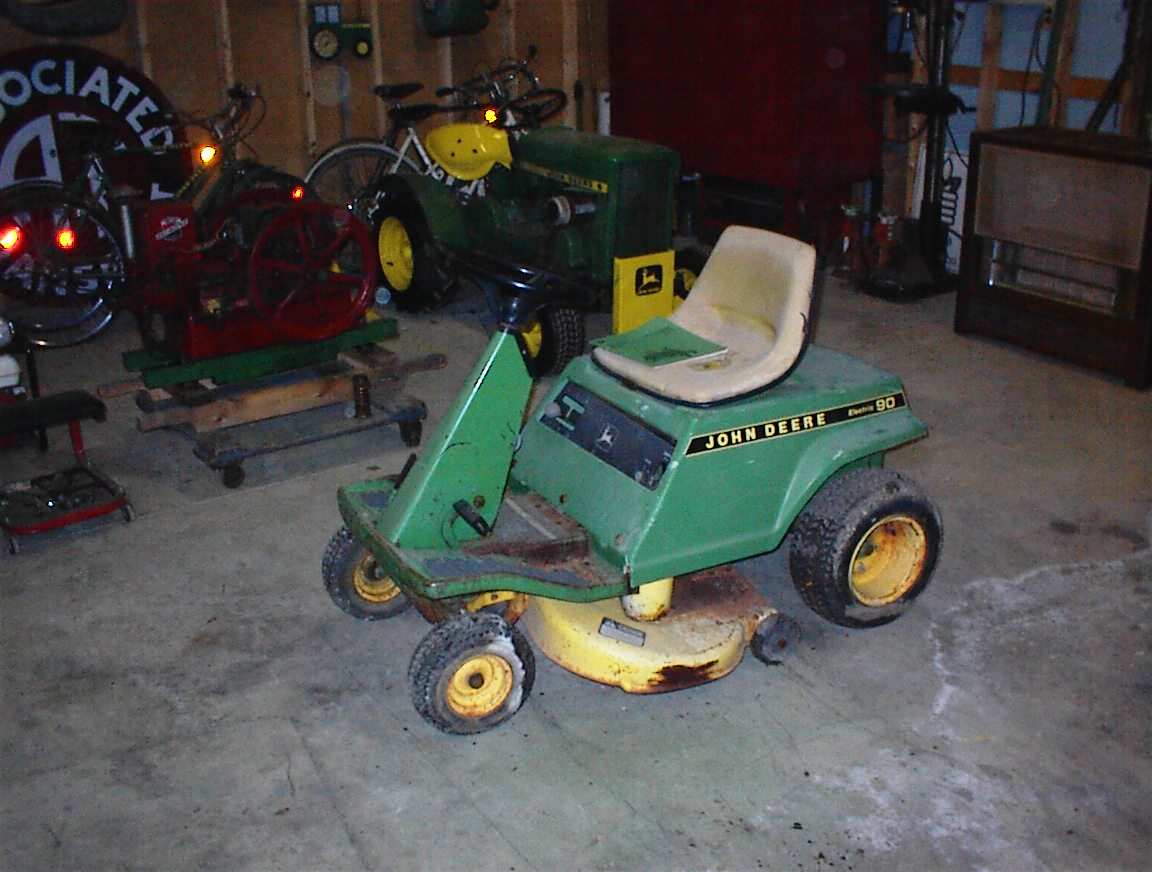 Electric Tractors Mowers Blowers Tillers Etc Wiring Diagram For Roper Lawn Mower Jd E90 Left Front 3 4 View 173 Kb